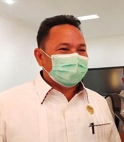 Ketua DPRD Mura Doni SP. M.Si saat memberikan keterangan kepada awak media, Rabu (27/5).