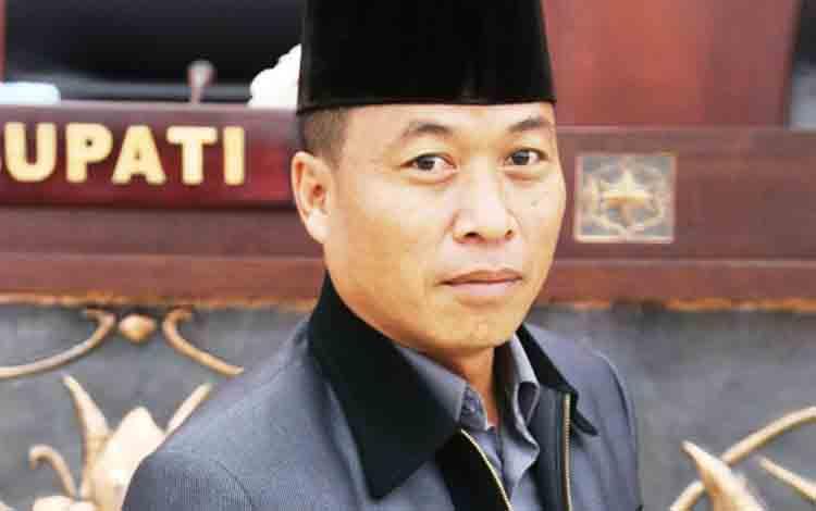 Anggota DPRD Mura Rumiadi.