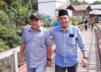 Anggota DPRD Mura Gad F Silam bersama Wakil Ketua Rahmanto Muhidin saat meninjau desa ketika menggelar reses belum lama ini.