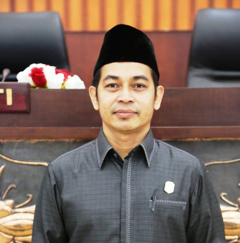 Anggota DPRD Mura Yetro.