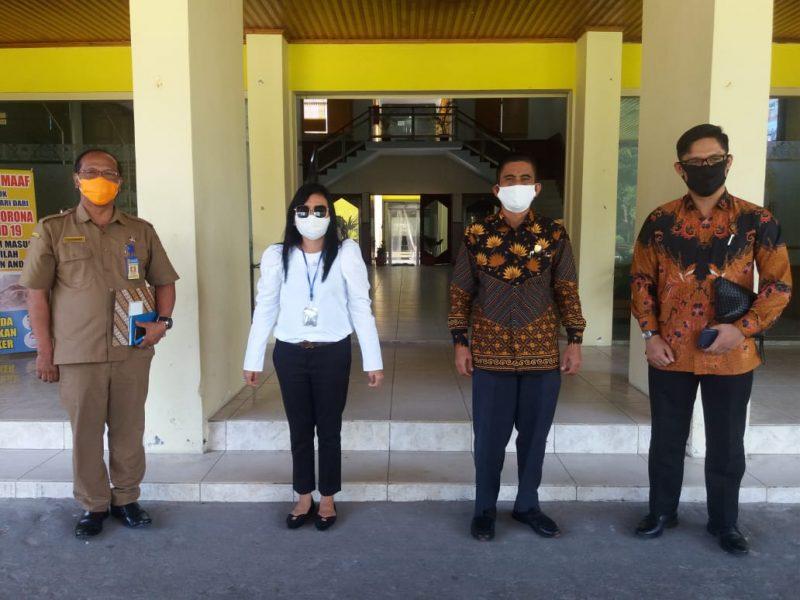 Tiga anggota DPRD Kalteng Bryan Iskandar, Hj Maria dan Jubair Arifin saat menggelar reses ke Kabupaten Kobar Selasa (2/6).