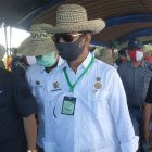 Mentan RI Syahrul Limpo didampingi Gubernur Kalteng Sugianto Sabran saat tiba di Gadabung Pulang Pisau.