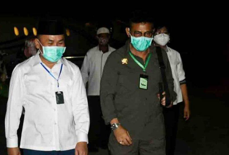 Gubernur Kalteng H Sugianto Sabran saat menyambut kedatangan Mentan RI Syahrul Yasin Limpo di Bandara Tjilik Riwut, Rabu (10/6).