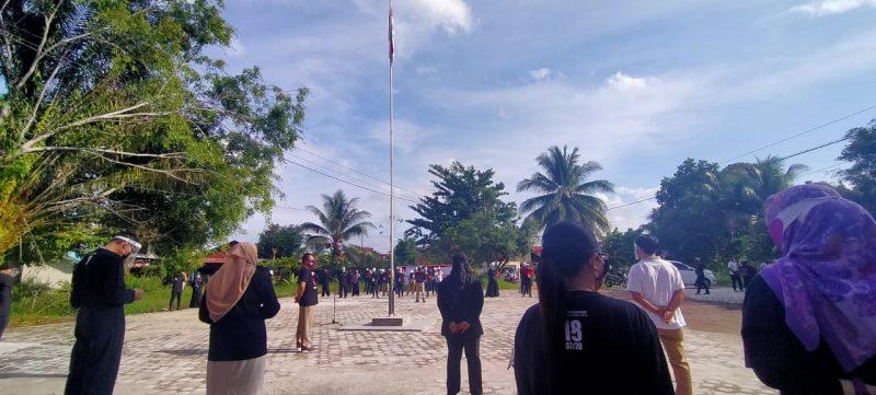 Suasana pelaksaan Apel Kesiapan Petugas Pemutakhiran Data Pemilih (PPDP), di halaman kantor KPU Kota Palangka Raya, Jalan Tangkasiang, Sabtu (18/7/2020). Foto : Ra
