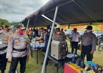 Kapolda Kalteng mencek peralatan dalam antisipasi Karhutla, Senin (20/7/2020). Foto : Am