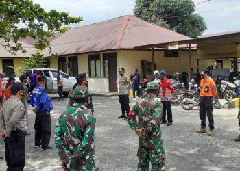 Waka Polres Katingan, Kompol Arifin pimpin apel pembagian masker, Kamis (30/7/2020) . Foto : MI
