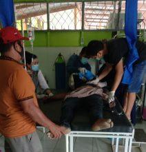 Jasad korban saat dievakuasi ke Puskesmas Pujon Selasa (28/7) siang.