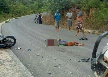 Jasad korban saat masih tergeletak di lokasi kejadian Minggu (19/7).
