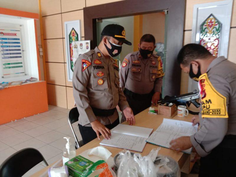 Kabag Ops Polres Katingan, Cek Pengamanan KPU dan Bawaslu Katingan. .foto Humas Polres For KE