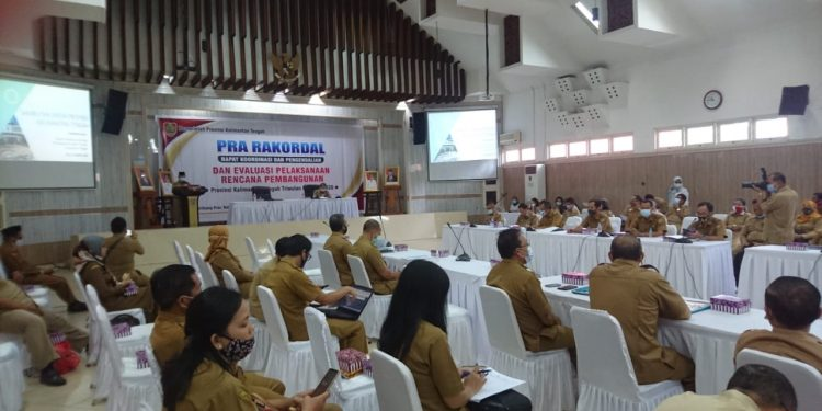 Suasana Pra Rakordal dan Evaluasi Pelaksanaan Rencana Pembangunan, di Aula Kantor Bappeda Kalteng, Jalan Diponegoro, Kota Palangka Raya. Foto : Ra