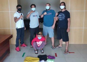 Pelaku JH saat diamankan di Mapolres Seruyan, Rabu (14/10).