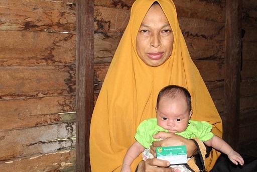 Ida Sukmadewi warga Sampit ini sangat bersyukur bisa terdaftar ke dalam program JKN-KIS Segmen PBI sejak awal tahun 2019.