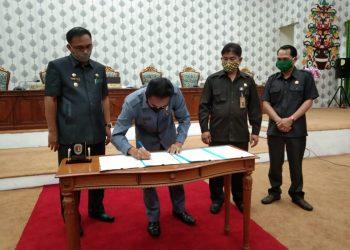 Anggota DPRD Katingan, Sugianto SH saat sampaikan hasil reses dari Dapil III jalur Sei Katingan. Foto : MI