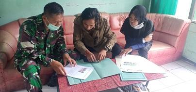 Sejumlah wartawan saat mengikuti karya jurnalistik TMMD Kodim 1015 Sampit.