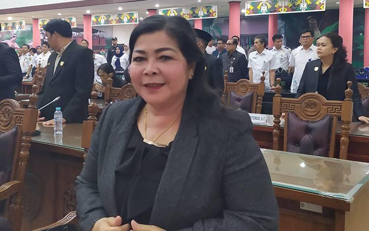 Ketua Komisi B DPRD Kota Palangka Raya, Nenie A. Lambung. Foto : Ra