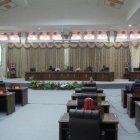 DPRD Barut saat menggelar rapat paripurna penyampaian dua raperda Senin (18/1).