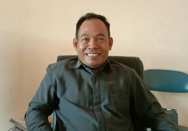 Wakil Ketua Komisi B Sutiana.