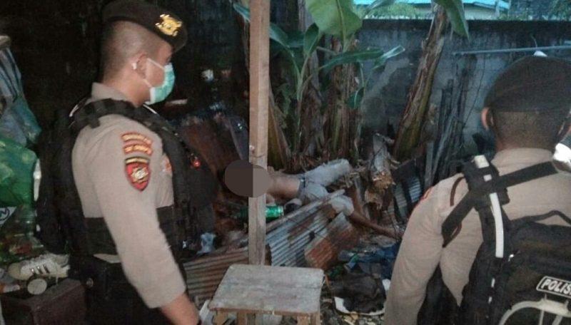 Jasad korban saat tergeletak di lokasi kejadian, Sabtu (6/3) sore.
