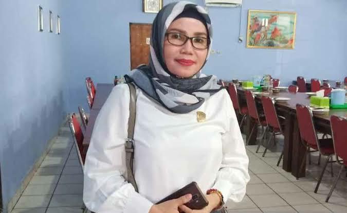 Anggota Komisi B DPRD Kota Palangka Raya, Ruselita