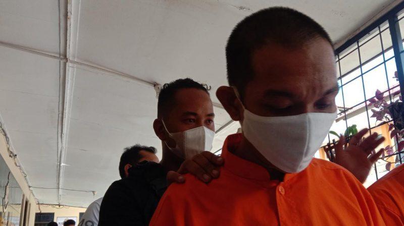 Pelaku DD spesialis pencurian dengan pemberatan (Curat) dirinya beraksi di Kota Palangka Raya bersama satu temannya dan mencari rumah kosong yang sedang ditinggal penghuninya di Jalan Tjilik Riwut Km 8 Palangka Raya, Foto : Am